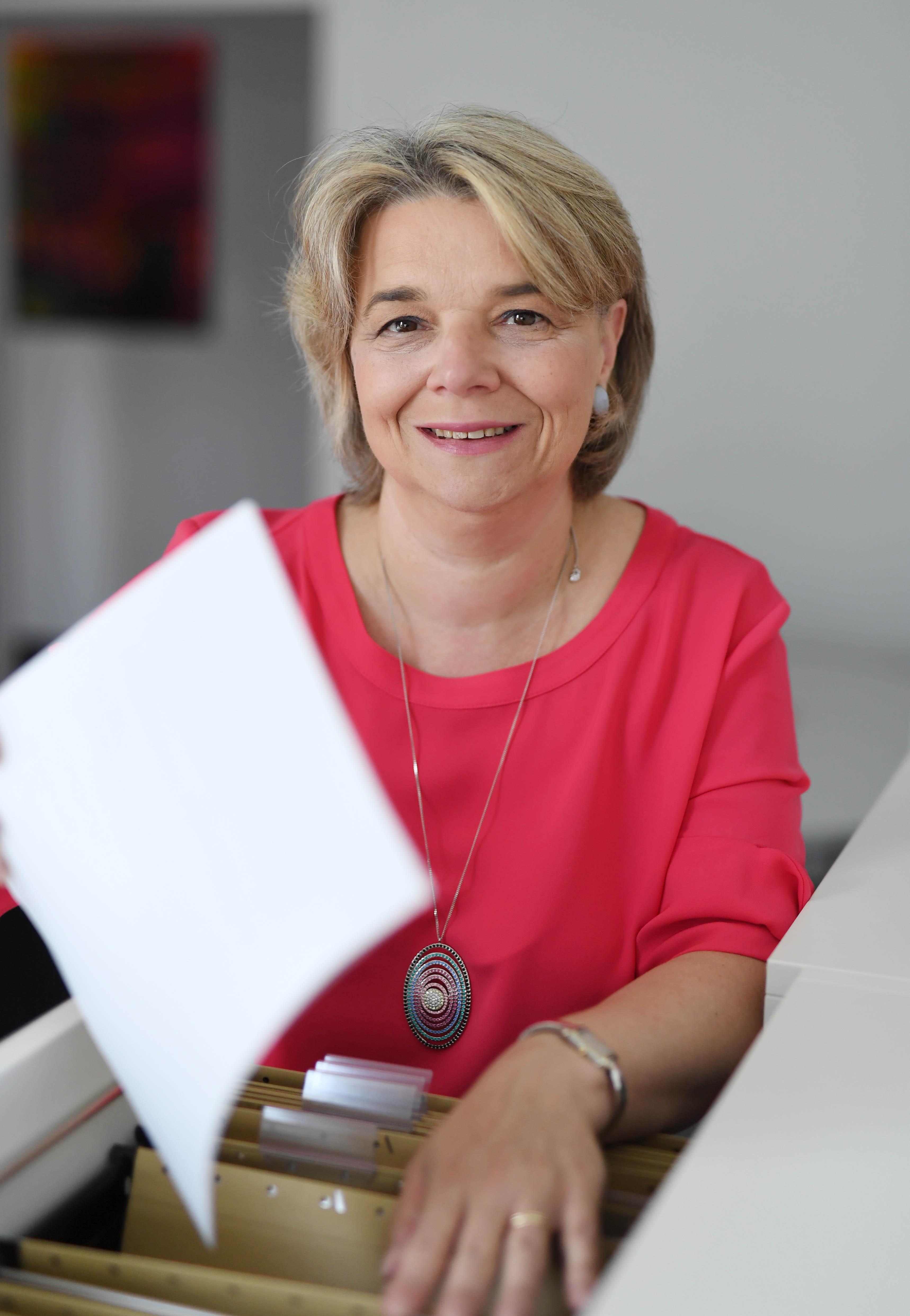 Profil Dr. Petra Jung-Erceg